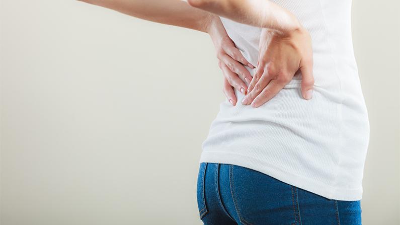 Síntomas de lumbago, tratamiento y prevención